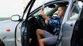 Autoportrait dans la voiture clips vidéos