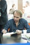 Autore francese premiato di Michel Houellebecq che dedica Fotografie Stock