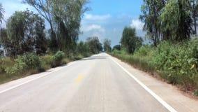 Autoreise zu ländlichem von Thailand stock footage
