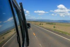 Autoreise zur Safari lizenzfreie stockfotos