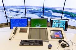 Autoridade de serviços do tráfico aéreo fotografia de stock