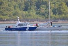 Autoridade portuária e veleiro de Vancôver imagem de stock