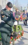 Autoridades municipales en las ceremonias del día de la conmemoración fotografía de archivo libre de regalías