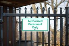 Autorisiertes Zeichen des Personals nur lizenzfreies stockbild