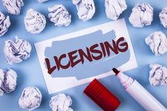 Autorización del texto de la escritura El concepto que significa a Grant un permiso de la licencia el uso algo permite legalmente imágenes de archivo libres de regalías