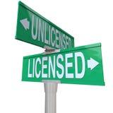 Autorizado contra muestras no autorizadas elija al funcionario Fotos de archivo