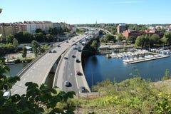 Autoroute dans la ville de Stockholm Photographie stock libre de droits