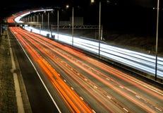 Autoroute M1 britannique pendant la nuit Photos stock