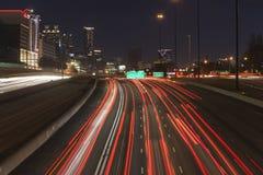 Autoroutes d'Atlanta 75 d'un état à un autre et 85 Image libre de droits