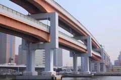Autoroutes urbaines élevées Photo libre de droits