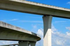 Autoroutes urbaines du sud de la Floride. Images libres de droits
