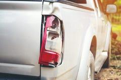 Autos haben Zusammenstoß mit großer Drehzahl auf gefrorener Datenbahn Lizenzfreie Stockfotografie
