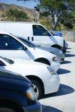 Autos im Parkplatz Lizenzfreies Stockfoto