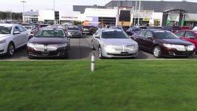Autos, Verkaufsstelle, für Verkauf, neu und verwendet stock video