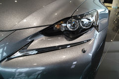 Autoscheinwerfer, neues Lexus IST 2013 Lizenzfreie Stockfotos