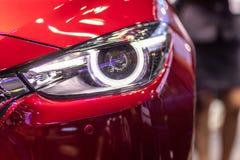 Autoscheinwerfer Rom - Italien Autoluxuskonzept lizenzfreie stockbilder