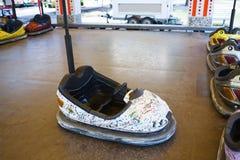 Autoskooter in einem Vergnügungspark Lizenzfreies Stockbild