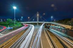 Autosnelweg bij nacht Royalty-vrije Stock Foto