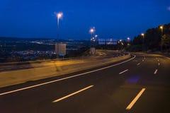 Autosnelweg bij nacht, Spanje royalty-vrije stock fotografie