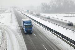 autostrada śnieżna zdjęcia royalty free