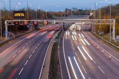 Autostrada al crepuscolo Fotografia Stock