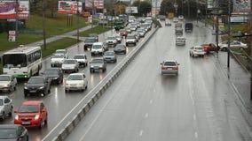 Autostrada, autostrada, samochodowy ruch drogowy zbiory wideo