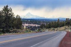 Autostrada bieg przez lasów Oregon usa Zdjęcie Stock