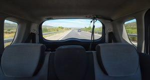 Autostrada dal retro dell'automobile Fotografia Stock Libera da Diritti