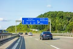 Autostrada drogowy znak na Autobahn A81 Ehningen, Boblingen-Hulb,/ zdjęcia royalty free