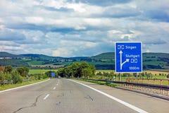 Autostrada drogowy znak na Autobahn A81 seansu wyjściu Stuttgart obrazy royalty free