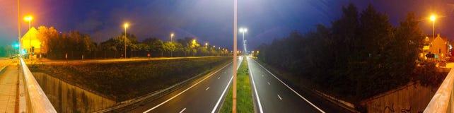 Autostrada Przy noc? zdjęcie royalty free