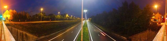 Autostrada Przy noc? obraz stock