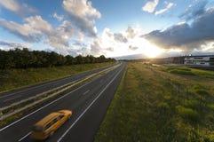 Autostrada przy zmierzchem Zdjęcie Stock