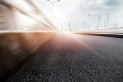 Autostrada w nowożytnym mieście fotografia stock