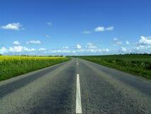 Autostrada wewnątrz horyzont Obrazy Stock