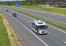 Autostrada z obozowiczem Fotografia Stock