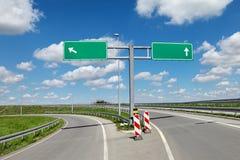 Autostrada znaki i rozdroże zdjęcie royalty free