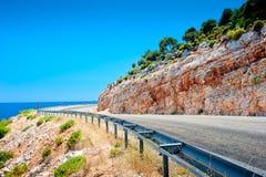 Autostrady poręczówka w górach Obraz Royalty Free