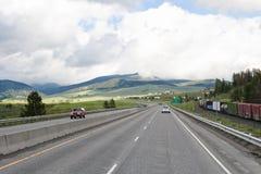autostrady ruch drogowy pociąg zdjęcie royalty free