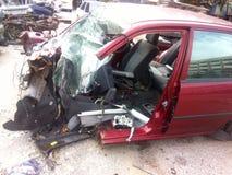 Autounfall im Kirchhofgrab Lizenzfreie Stockfotos