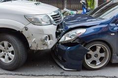 Autounfall vom Autounfall auf der Straße Stockfoto