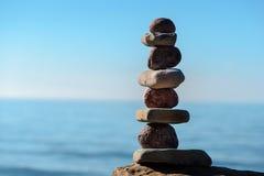 Autour de et pierres plates Photo libre de droits