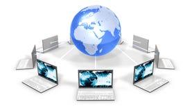 autour du monde de blanc d'ordinateurs portatifs Images libres de droits