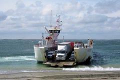 Autoveerbootdetroit van Nationale Routes 257 - Spaanse peper - Punta Delgada - BahÃa Azul van Magellan royalty-vrije stock afbeeldingen