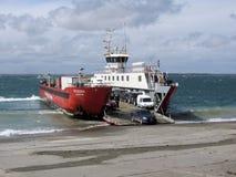 Autoveerbootdetroit van Nationale Routes 257 - Spaanse peper - Punta Delgada - BahÃa Azul van Magellan stock afbeelding