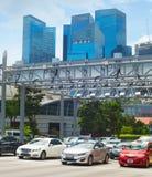 Autoverkeer De stad in van Singapore royalty-vrije stock foto
