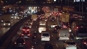 Autoverkeer op de weg stock footage