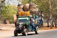 Autovervoer in Bagan Myanmar Royalty-vrije Stock Afbeelding