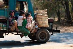 Autovervoer in Bagan Myanmar Stock Afbeelding