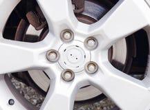 Autowiel met rand en schroeven Royalty-vrije Stock Fotografie